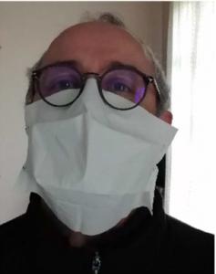 masque chirurgical vu de face